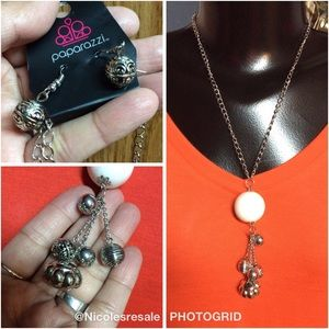 $8 each or 3 for $15 Paparazzi Necklace